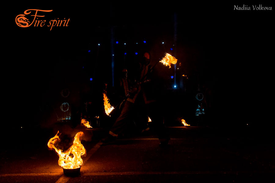 Театр огня Fire Spirit на Fire Collection фото 2