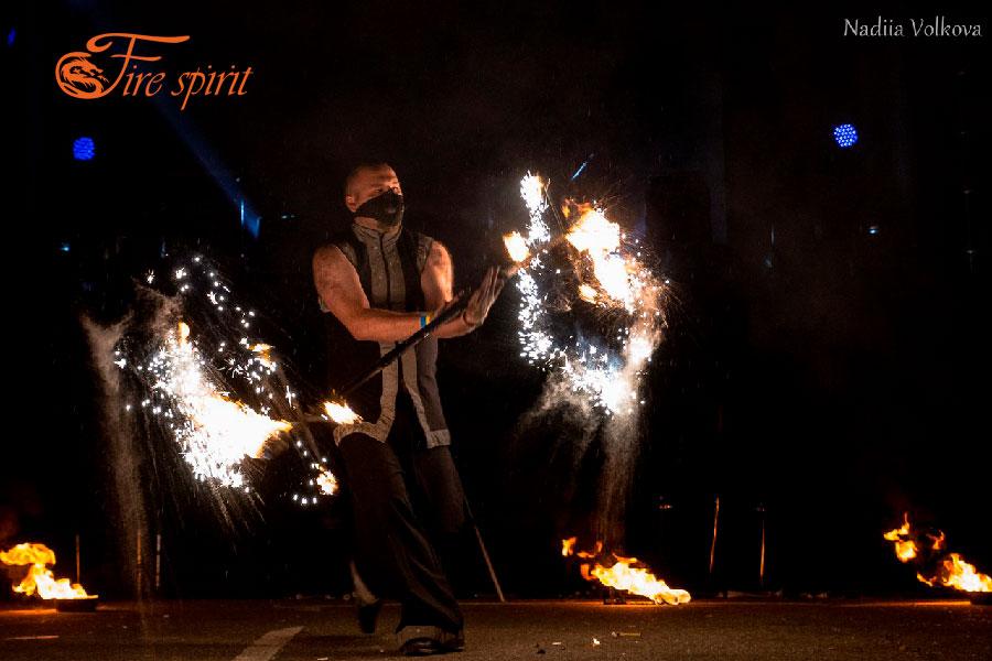 Театр огня Fire Spirit на Fire Collection фото 4