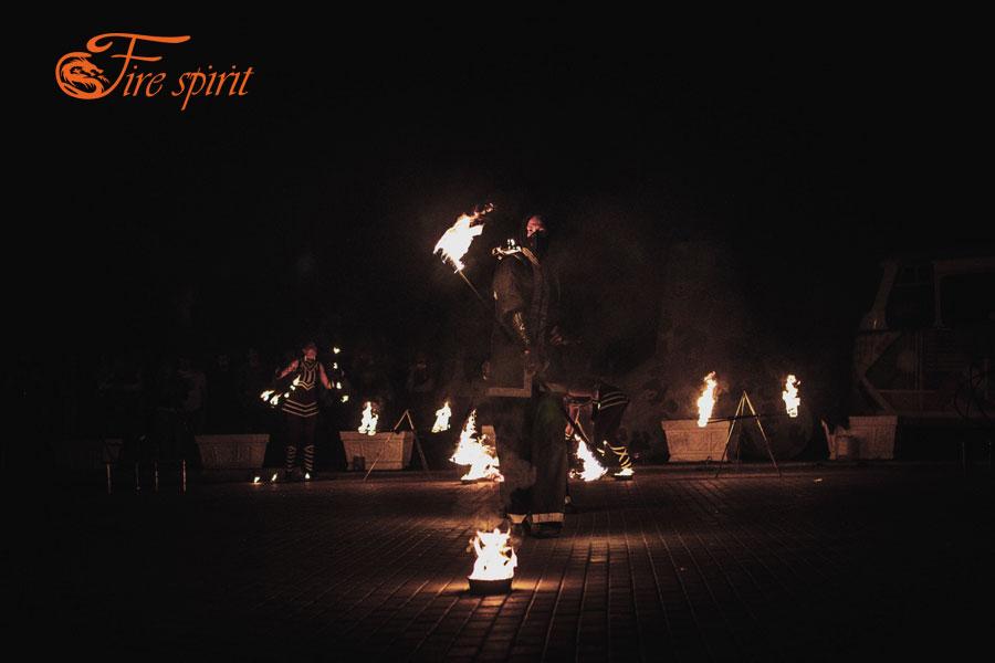 Огненное шоу в Мариуполе фото 1