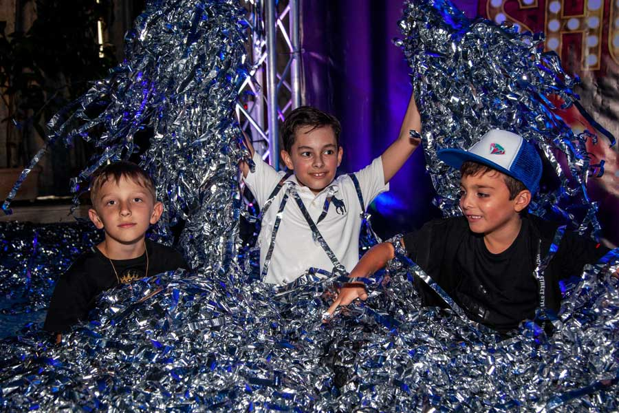 Бумажное шоу на детский праздник фото 4