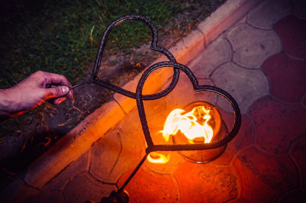 Факела в виде сердечек Fire Spirit 1